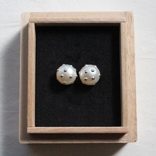 妻、奥様に結婚記念日のプレゼントを贈ろう